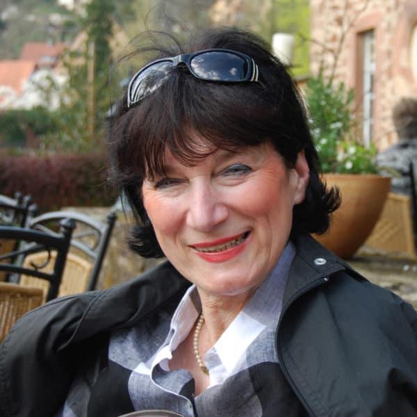 Artemisia Portrait Doris Schmidt Haub