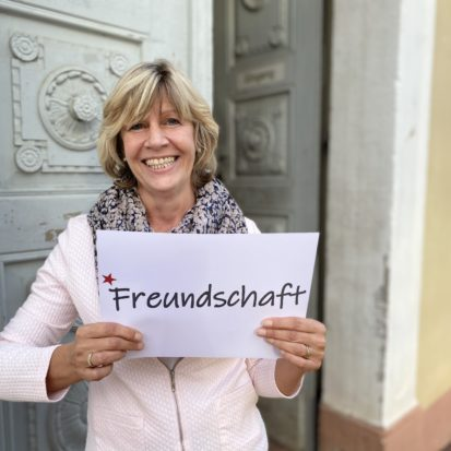 Sigrid Schmidt wünscht Freundschaft